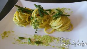 spaghetti al pesto di asparagi
