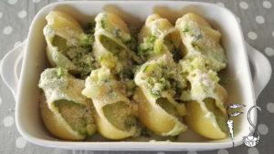 Lumaconi ripieni di ricotta e zucchine al forno_parmigiano